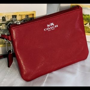 COACH WRISTLET RED SMOOTH LEATHER